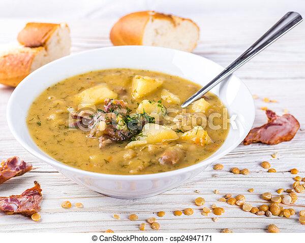 Photo pois soupe fum poulet herbes image images photo libre de droits photos sous - Comment cuisiner poulet fume ...