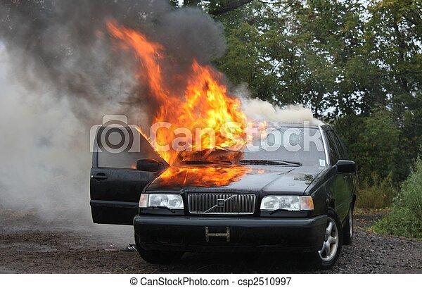 Automobile fire. - csp2510997