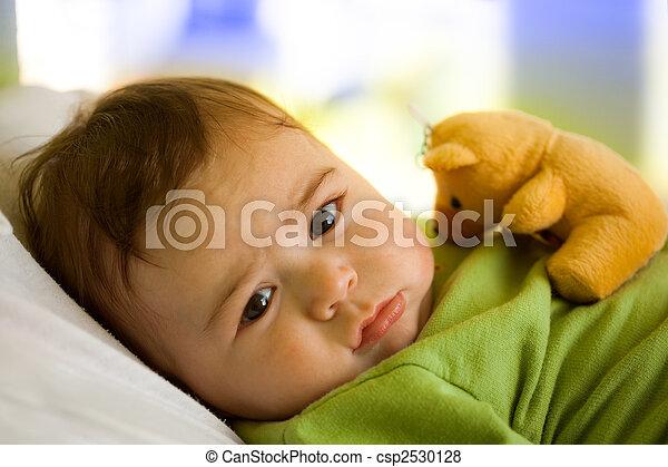 嬰孩, 男孩, 玩具, 熊 - csp2530128