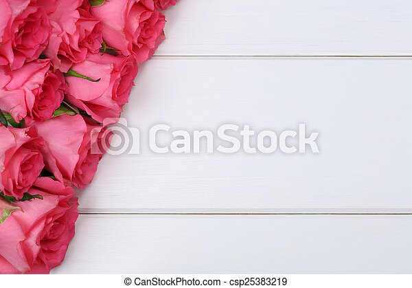 Roses flowers on Valentine\'s or mother\'s day on wooden board