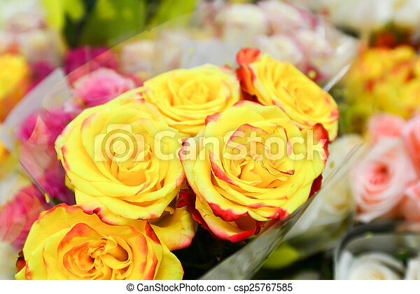 Pictures of flower bouquet with a lot of different flowers for A lot of different flowers make a bouquet