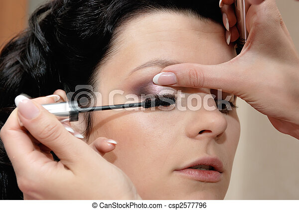 putting on mascara - csp2577796