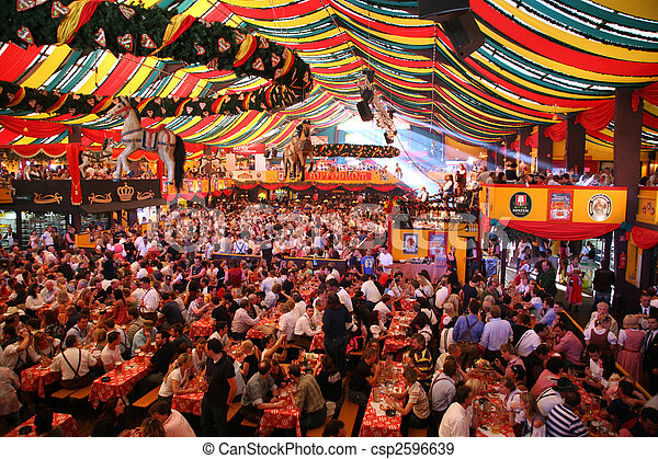 MUNICH - OCTOBER 16: Oktoberfest October 16 2007 in Munich, Germany - csp2596639
