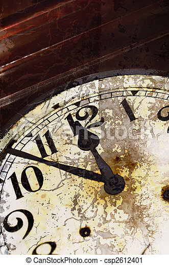 Old cracked clock detail - csp2612401