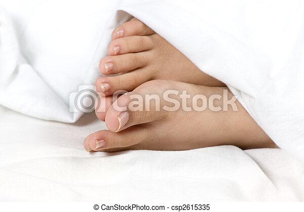 Feet at comfort  - csp2615335