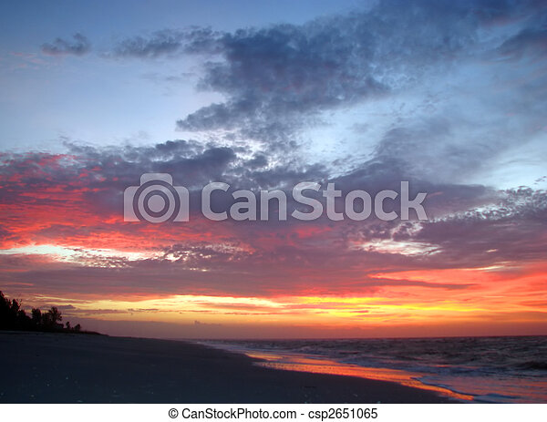 beach sunrise - csp2651065