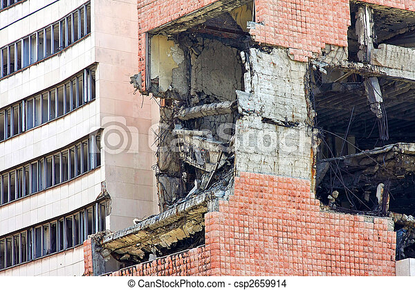 Earthquake collision - csp2659914