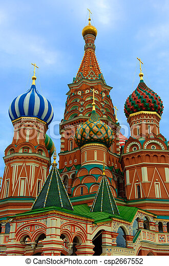 St. Basil's Cathedral on Red square, Moscow, Russia - csp2667552