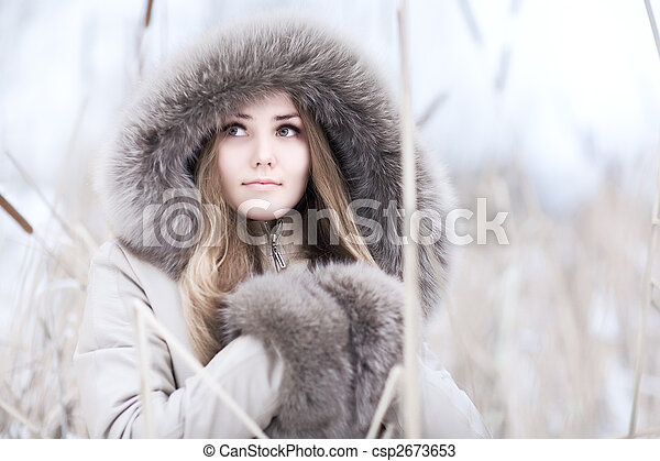 Young woman winter portrait - csp2673653
