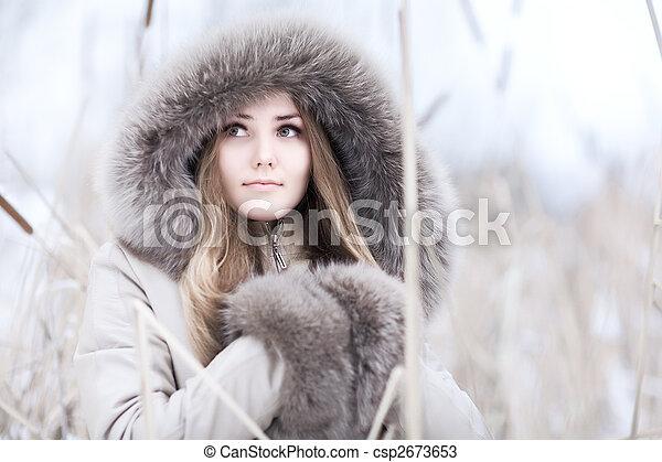 Young woman winter portrait - csp2673653