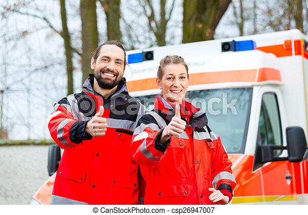 前部, 自動車, 救急車, 緊急事態, 医者 - csp26947007