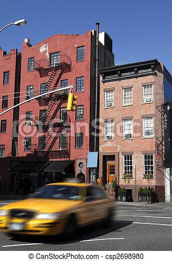 Apartment building in nyc - csp2698980