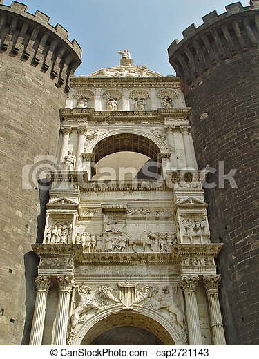 Under-gate sculpture at Medieval Castle - csp2721143