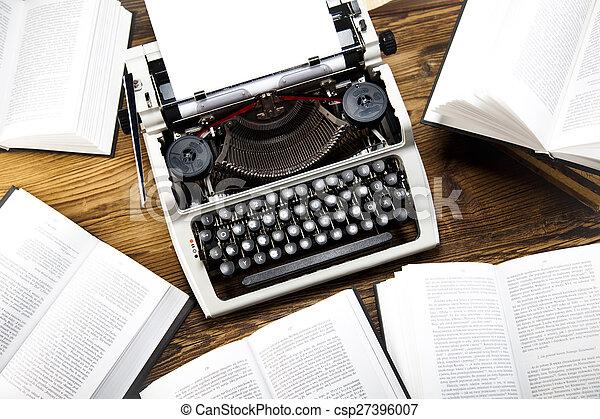 Stock de fotograf a de viejo retro m quina de escribir - Escritorio para escribir ...
