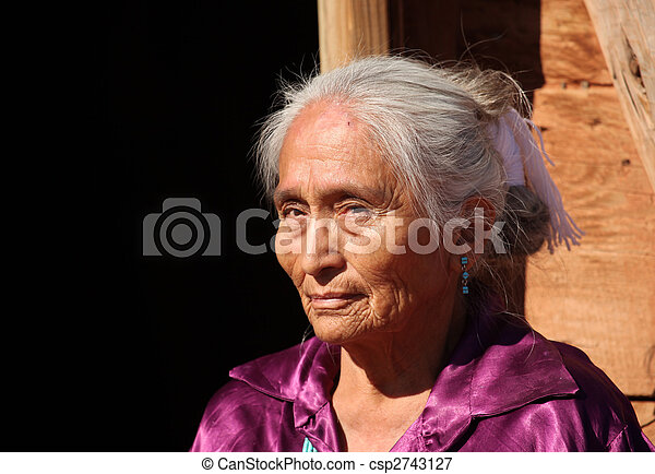 Beautiful Navajo Elderly Woman Outdoors in Bright Sun - csp2743127