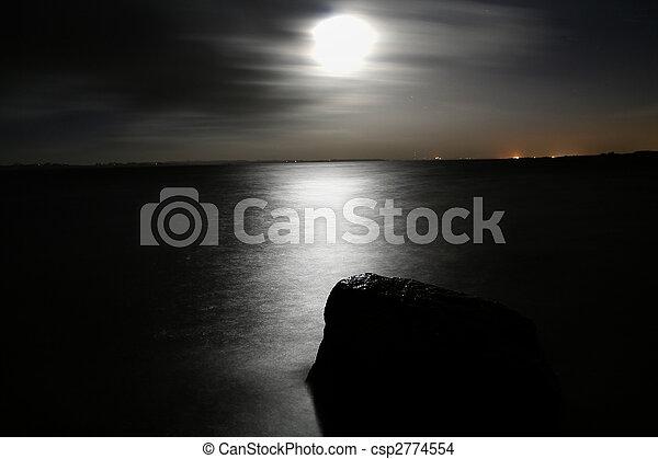 sea moonlight - csp2774554
