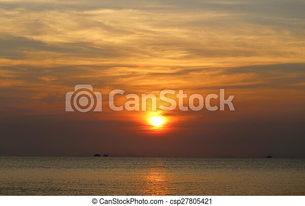 schöne, Sonnenuntergang, meer - csp27805421