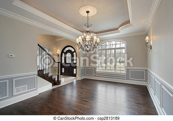 Dining room with foyer view - csp2813189