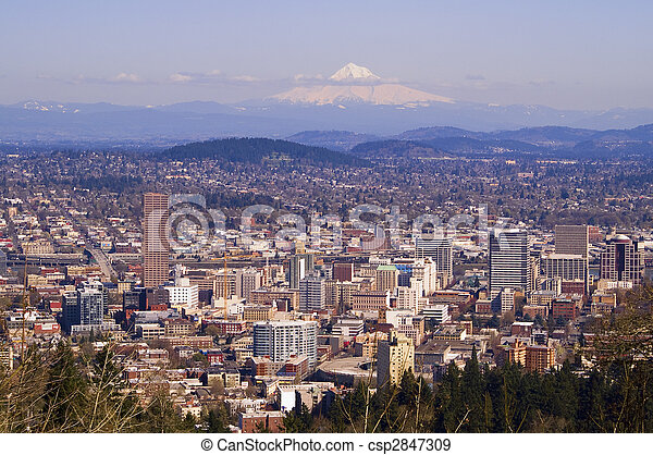 Beautiful Vista of Portland, Oregon - csp2847309
