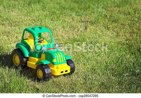 綠色黃色, 玩具, 綠色, grass., 拖拉机 - csp28547295