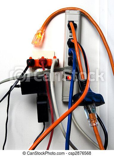 images de surcharg lectrique sortie une excessively surcharg csp2876568. Black Bedroom Furniture Sets. Home Design Ideas