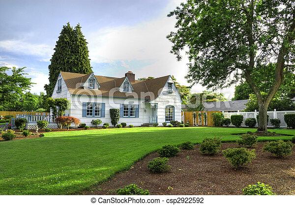 Hem, träd, familj - csp2922592
