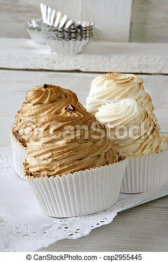 dulce, huevo blanco, pastel, merengue - csp2955445