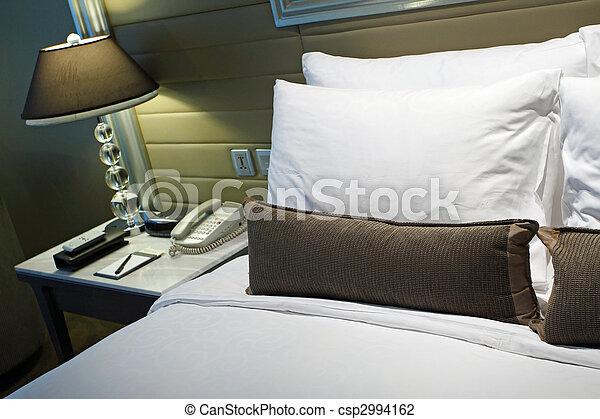 photo luxe h tel lit image images photo libre de droits photos sous licence. Black Bedroom Furniture Sets. Home Design Ideas