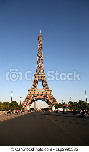 PARIS, FRANCE - MAY 22: One of landmarks in the capital of France on May 22, 2009 in Paris, France. - csp2995335