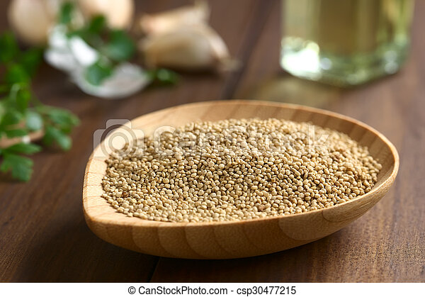 Raw White Quinoa Seeds