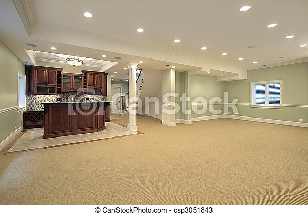 Basement with bar - csp3051843