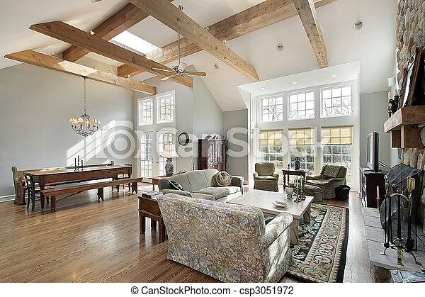 Family room with ceiling beams - csp3051972