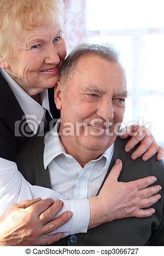 Portrait of elderly pair - csp3066727