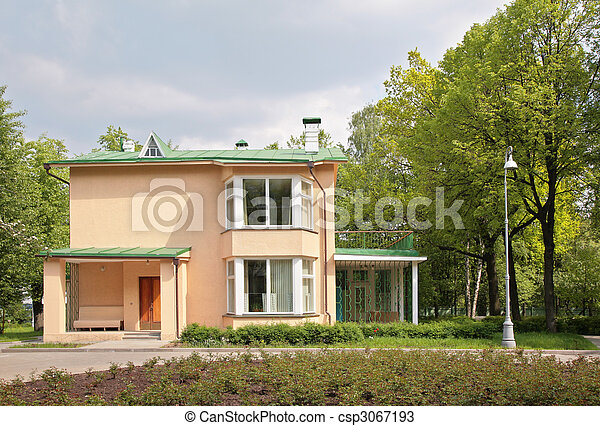 exterior of house in suburb - csp3067193