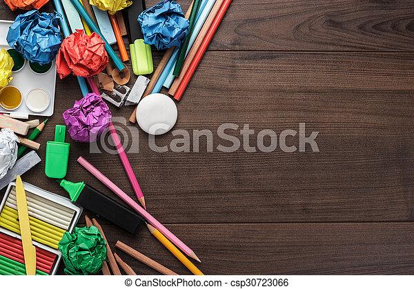 Tisch schule clipart  Stockbild von tisch, schule, kopie, vorräte, raum - bilden vorräte ...