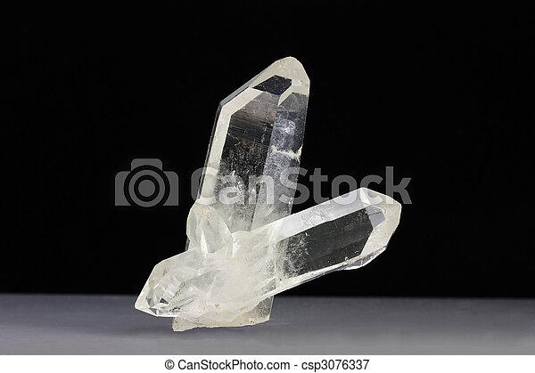 Quartz crystals - csp3076337