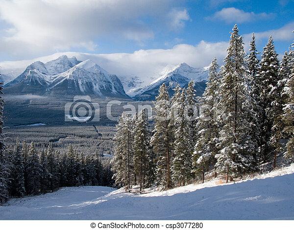 Rocky mountain piste - csp3077280