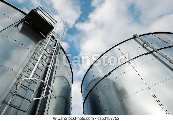 Refinery ladder and tanks - csp3157752