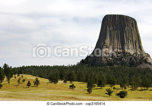 Devils Tower - csp3165414