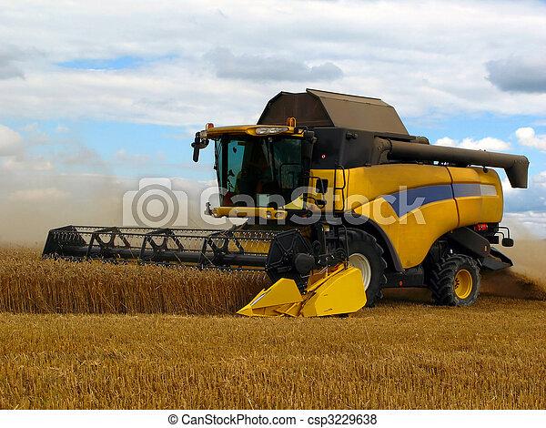 combine harvester - csp3229638