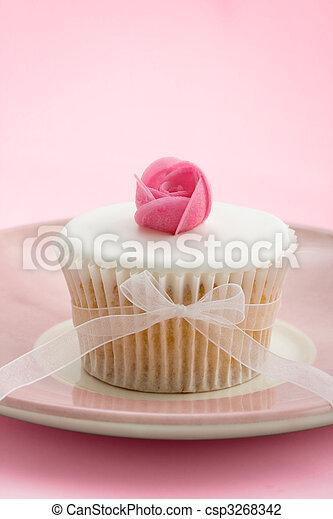 Rosebud cupcake - csp3268342
