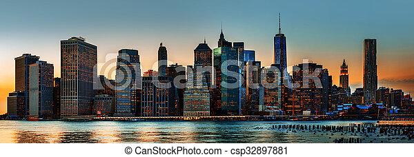 New York City skyline panorama - csp32897881