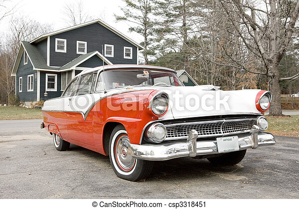 antique automobile, New Hampshire, USA - csp3318451