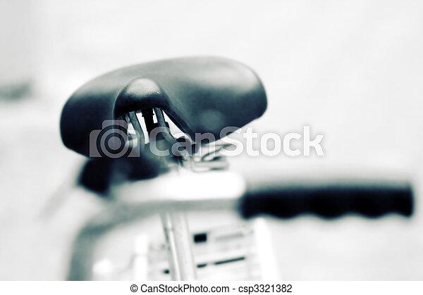 古い, 自転車 - csp3321382