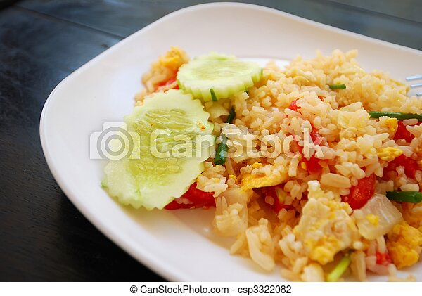 Vegetarian pineapple fried rice - csp3322082