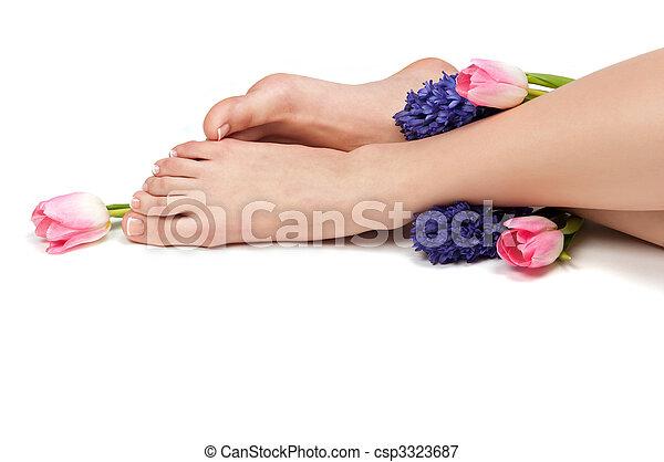 Immagini di pasqua pedicure pedicured piedi e for Piani di studio 300 piedi quadrati