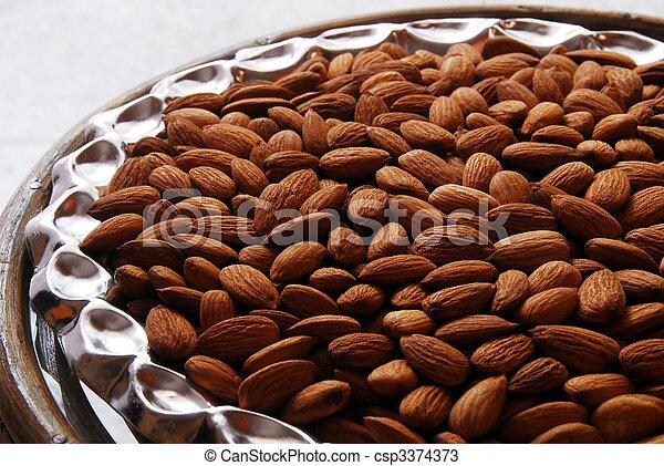 fruta y semilla: