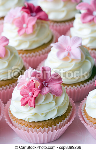 Wedding cupcakes - csp3399266