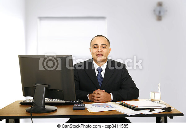 Financial Advisor Waiting - csp3411585