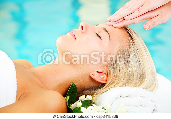 Young Woman In Spa - csp3415386